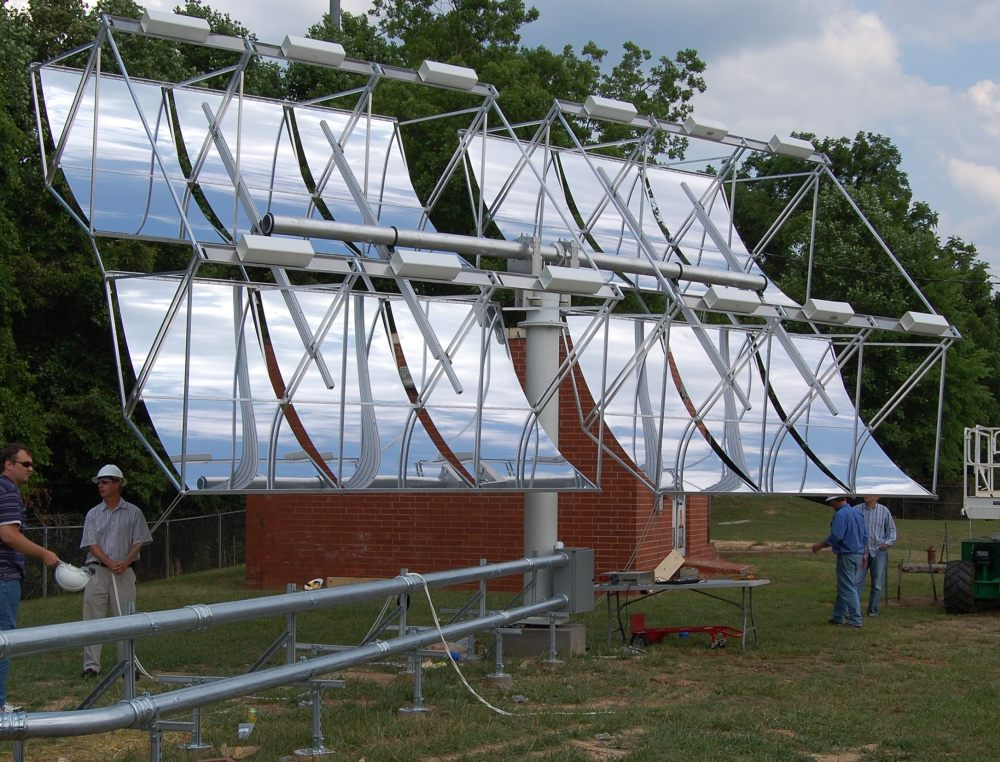 Concentrated PV (Photovoltaic) Solar Power Generator