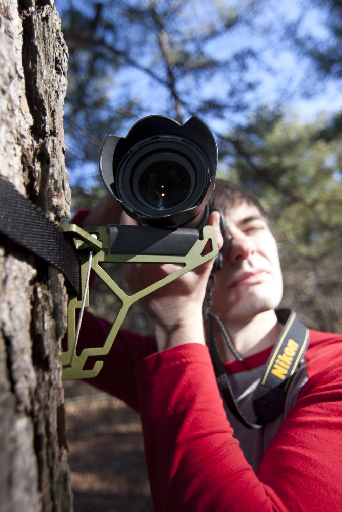 tree-hook-with-camera
